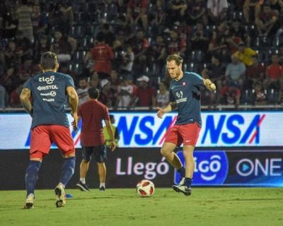 Cerro sufre la baja de Novick y Óscar Ruiz sigue en ruperación