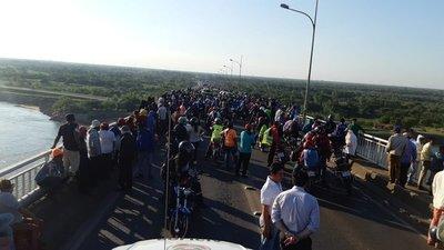 Gobierno insistirá con el diálogo para despejar Puente Remanso