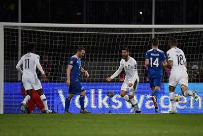 Francia se arrima a la Eurocopa