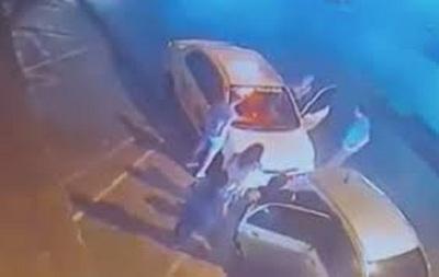 Imputan a taxistas que agredieron a conductor de Uber