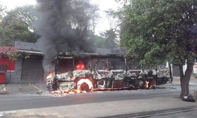 Bus de la Línea 37 se incendia sobre Eusebio Ayala