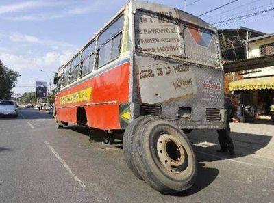 Policía Nacional garantizará seguridad de fiscalizadores para detener buses chatarras