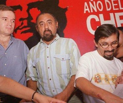 Recolectan firmas para revocar refugio a Arrom, Martí y Colmán