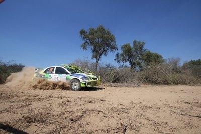 Domínguez sigue en punta en el Rally del Chaco