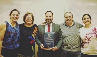 Jorge Heisecke recibió su título universitario