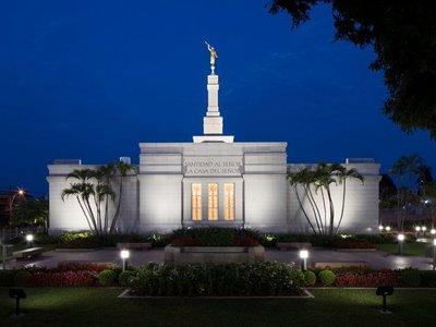 Reabre templo mormón y  habilitan un recorrido