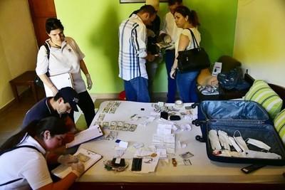 Presuntos falsificadores de dólares, detenidos en Asunción