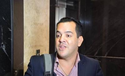HOY / Friedmann, el ministro de Marito que trabaja 5 horas al día