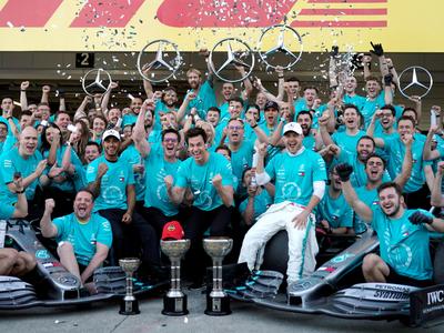 Mercedes logra el Mundial de Constructores