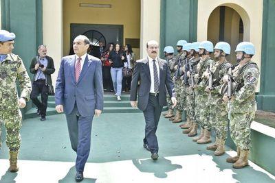 Ministro de Defensa admite que militares no estarán en las calles