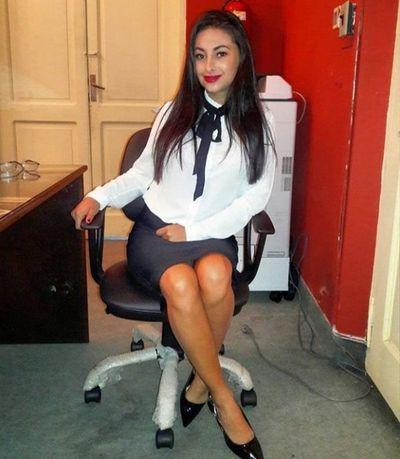 Aplastan en redes a hermana de Marly Figueredo por contratación en Urbanismo