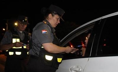HOY / En una semana de controles, Caminera demoró a 311 conductores por 'alcotest positivo'