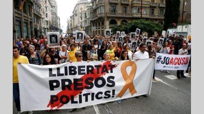 Condenaron con penas de hasta 13 años de cárcel a los líderes independentistas de Cataluña
