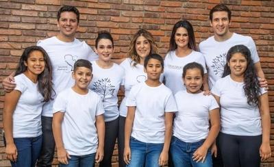 HOY / Hering- Enseña por Paraguay y Ferrés se unen para fortalecer la educación en el país