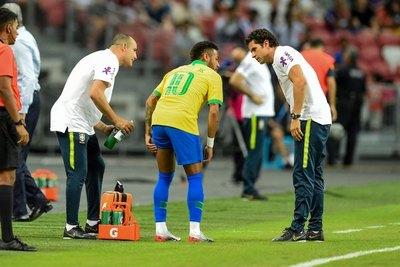 Neymar estará de baja por un tiempo a raíz de una lesión
