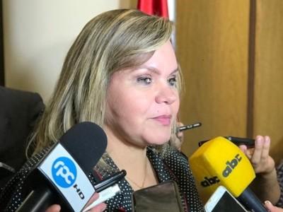 Senadora sugiere a nuevo ministro del Interior visitar a la ANR para explicar sus planes