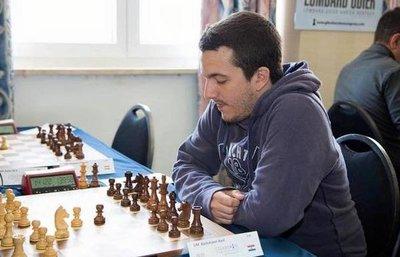 Bachmann compite en el FIDE Chess Grand Swiss de Inglaterra