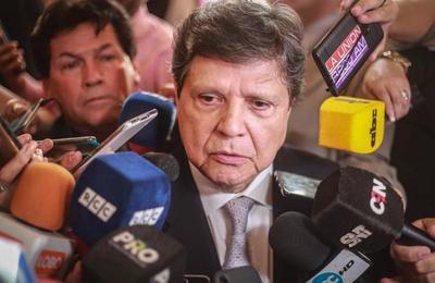 """""""Las infecciones se combaten con diagnóstico y antibióticos de primera calidad"""""""
