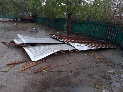 Fuerte temporal en Bahía Negra deja casas y aulas destechadas