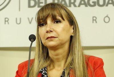 Gremios apoyan gestión de Bacigalupo ante posible destitución