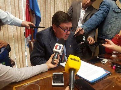 Blas Llano acusa de mal desempeño a magistrada que libero a Quintana de Viñas Cué