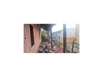 Ayer, fuerte temporal dejó destrozos en Bahía Negra