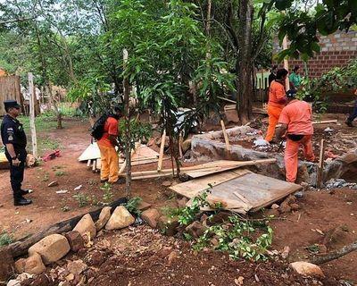 140 familias son desalojadas por comitiva policial municipal