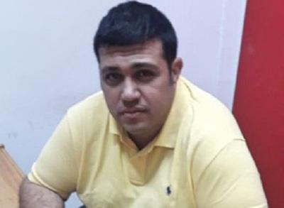Hijo de González Daher retorna a comuna luqueña, pero sufre vacío