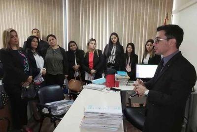 Estudiantes de Uninorte conocen sobre jurisdicción Civil