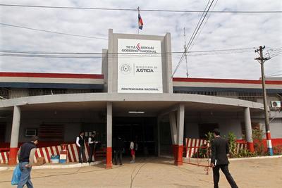 Tacumbú: advierten amotinamiento ante maltrato y pésima alimentación