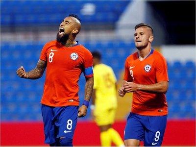 Chile remonta ante Guinea pero no convence