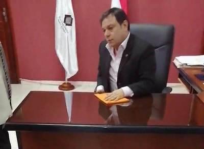 Ciudadanos realizan fuertes reclamos a fiscal adjunto (video)