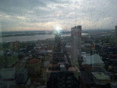 Se pronostica una jornada fresca a cálida con lloviznas