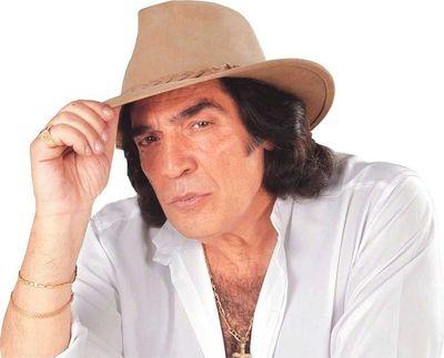 Murió el cantautor Cacho Castaña