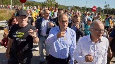 """Pedro Sánchez no descarta """"ningún escenario"""" y arrancan las """"Marchas por la libertad"""" en Cataluña"""