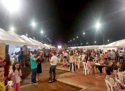 Jóvenes preparan tercera feria de emprendedores en Hernandarias