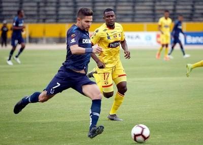 Luis Amarilla podría volver a Vélez o ir al Emelec