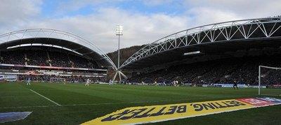 Dueño del PSG desea comprar el Leeds y jugar la Premier