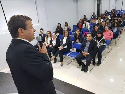 Gremio de contadores planteará ley de matriculación profesional
