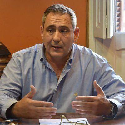 Ejecutivo maneja el cambio de ministro de Defensa