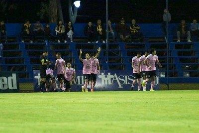 El golazo olímpico de Blas Díaz para Santaní por Copa Paraguay