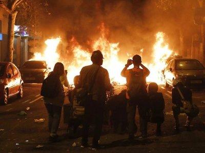 Los disturbios se intensifican en las  manifestaciones en Cataluña