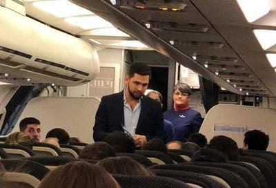 """Así fue el escrache a """"Joselo"""" en un vuelo que venía de São Paulo"""
