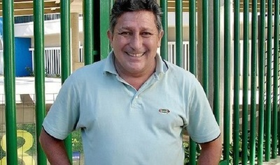 Romerito insulta a periodistas al defender su pensión