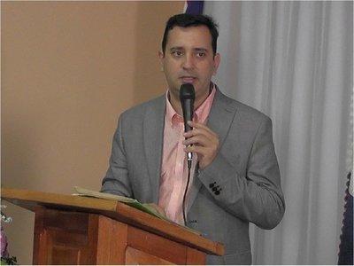Fiscal pide desestimar denuncia contra ex gobernador Alfonso Noria