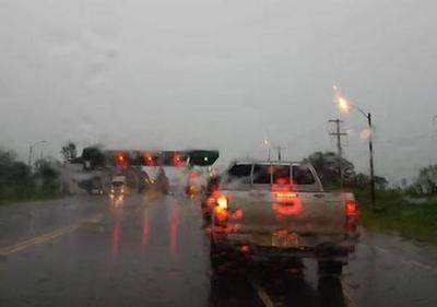 Viernes lluvioso y con tormentas eléctricas, anuncia Meteorología