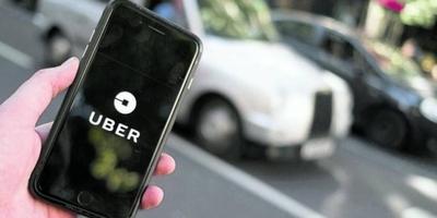"""HOY / """"Les grité 'agáchense' y aceleré"""": conductor de Uber denuncia amedrentamiento con disparos"""