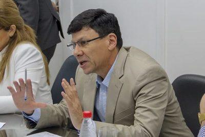 Diputado pedirá dejar sin efecto pensión graciable para Romerito