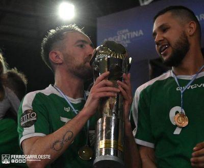 Un paraguayo campeón con Ferro