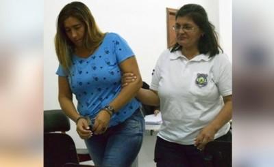 Mujer sentenciada a 5 años y 8 de cárcel por tenencia de drogas